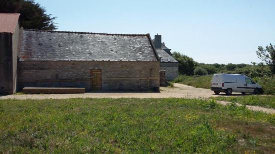 Sellerie en périphérie du hameau par un chemin d'exploitation